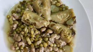 Alcachofas con Habas y Guisantes