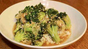 Brócoli Picante con Sesamo y Soja - Vegano